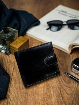 Мужской кожаный кошелек черный 4588