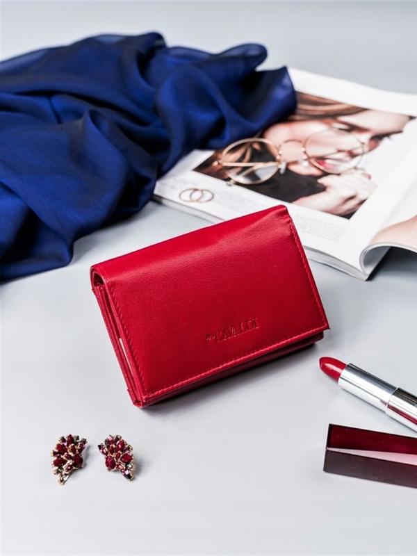 Женский кожаный кошелек красный 2410