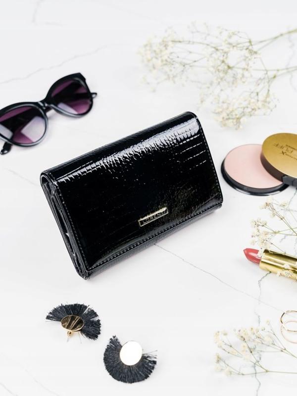 Женский кожаный кошелек черный 2092