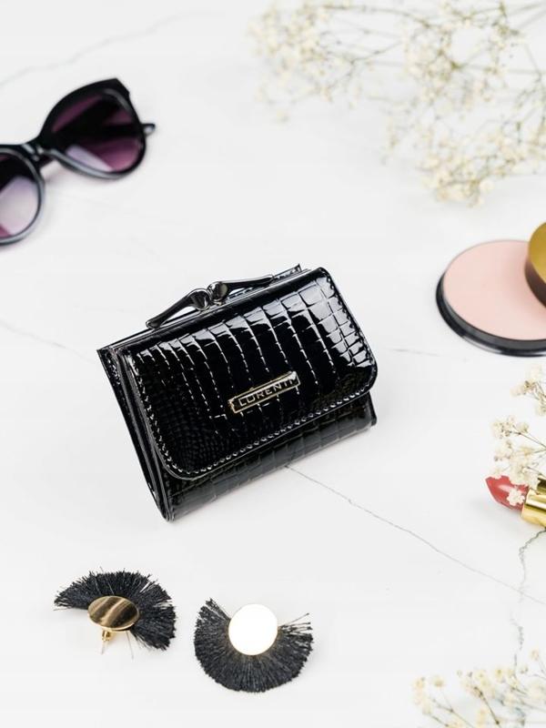 Женский кожаный кошелек черный 2104