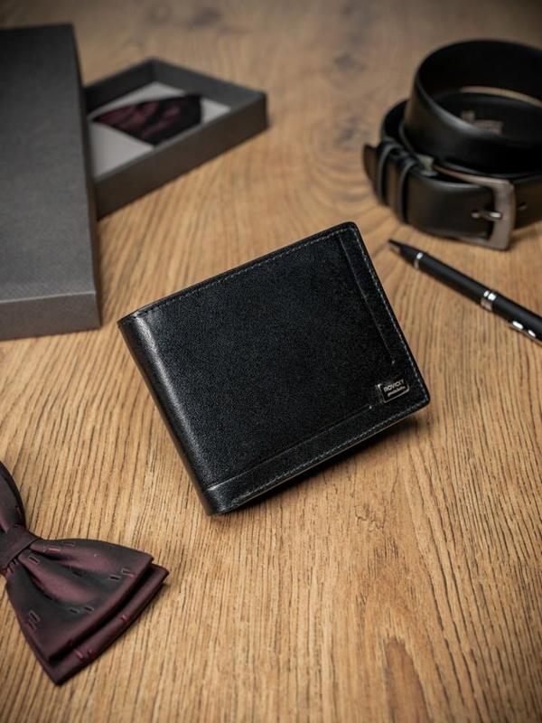 Мужской кожаный кошелек черный 200