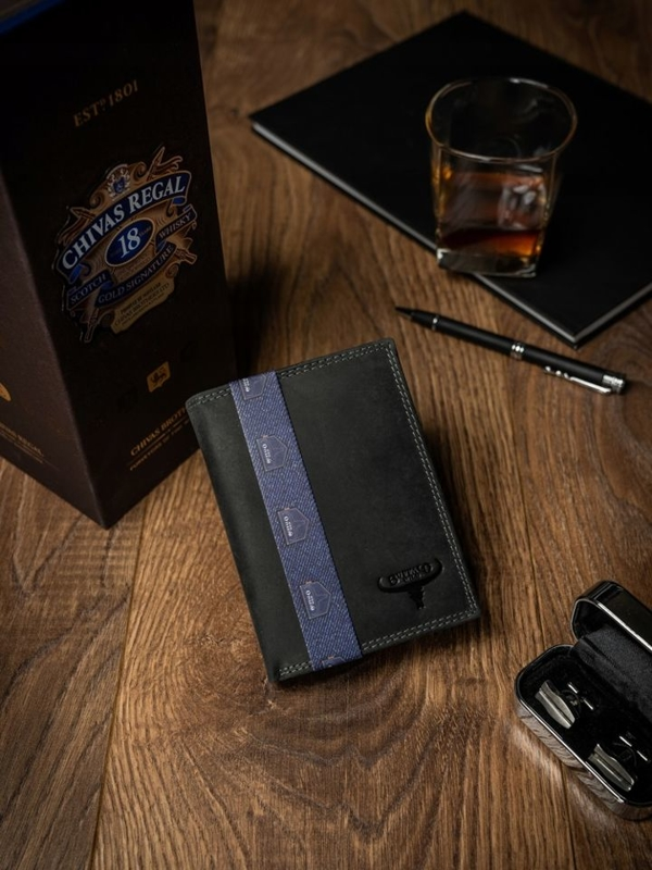 Мужской кожаный кошелек черный 2229