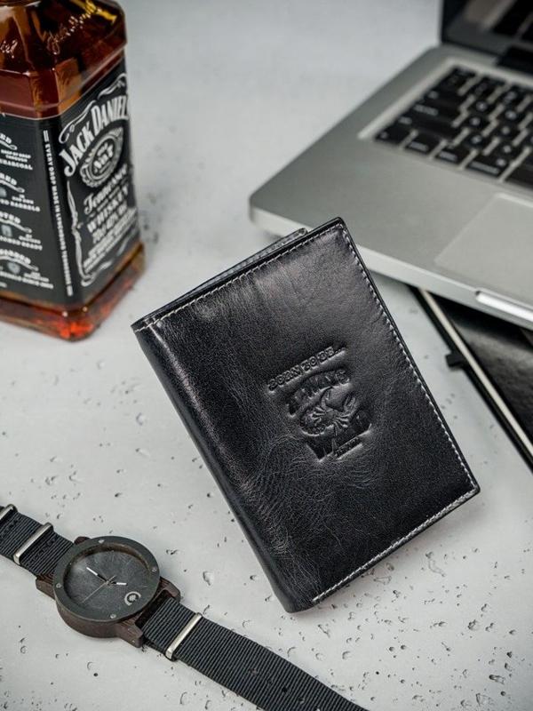 Кошелек мужской кожаный черный 3210